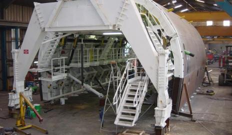 MACHINE DE COFFRAGE POUR TUNNEL ROUTIER